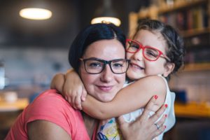 Allowing children to choose eyeglasses, which can allow them to pick colorful frames, can help reduce their hesitation about wearing eyeglasses. Seeing mom wearing a pair may help too.