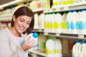 Foods and drinks that may help prevent osteoporosis include milk, cheese, and yogurt.